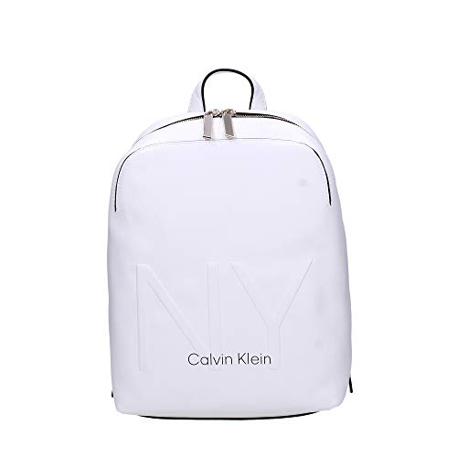Calvin Klein - Shaped Backpack, Mochilas Mujer, Blanco (White), 0.1x0.1x0.1 cm (W x H L)