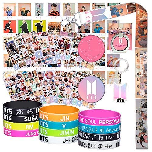 Set de regalos para los innumerables fans de BTS: 40 tarjetas lomo BTS / 12 pulseras de silicona BTS / 12 adhesivos BTS / 1 soporte con forma de anillo para teléfono BTS / 1 cordón BTS / 1 llavero BTS
